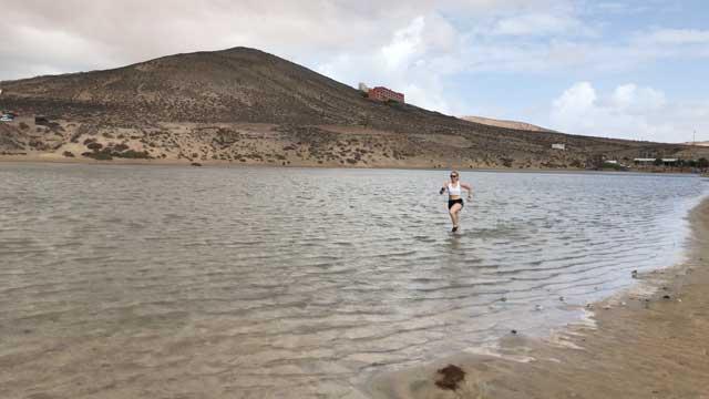 Vattenlöpning i lagunden